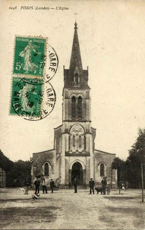 Carte postale ancienne Pissos (Landes) - église 2 à