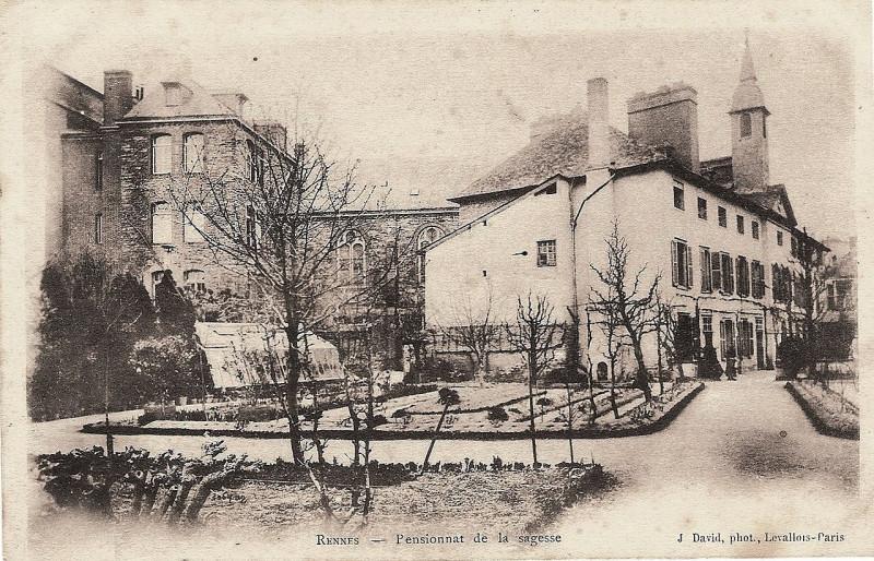 Carte postale ancienne Rennes, Pensionnat de la Sagesse (J David) - 2