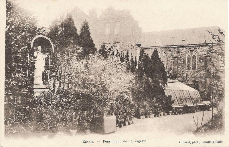 Carte postale ancienne Rennes, Pensionnat de la Sagesse (J David) - 3 à