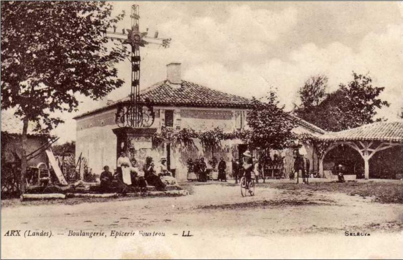 Carte postale ancienne Arx (Landes) - Fourteau, boulangerie, épicerie