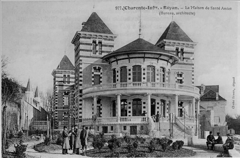 Carte postale ancienne Royan maison amiot 1004040 à