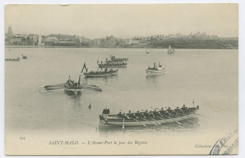Carte postale ancienne 194 - Saint-Malo.- L'avant-port le jour des  régates.