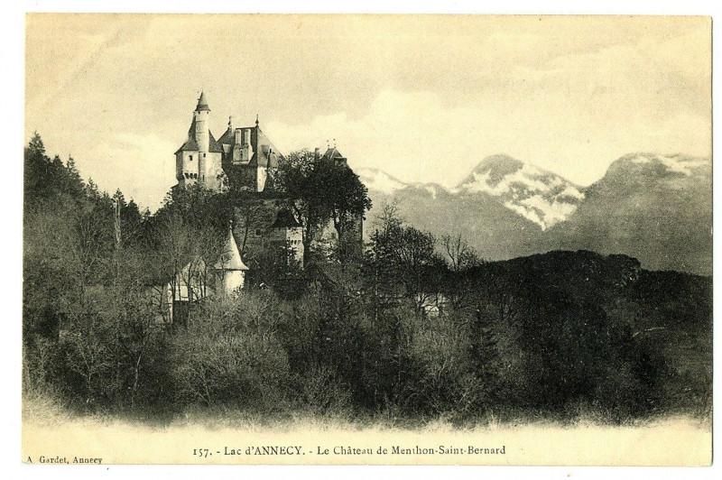 Carte postale ancienne Haute-Savoie Lac d'Annecy Le Château de Menthon Saint-Bernard à Annecy