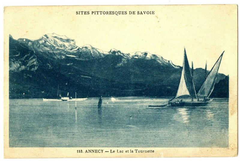 Carte postale ancienne Haute-Savoie Annecy le Lac et la Tournette bateaux à Annecy