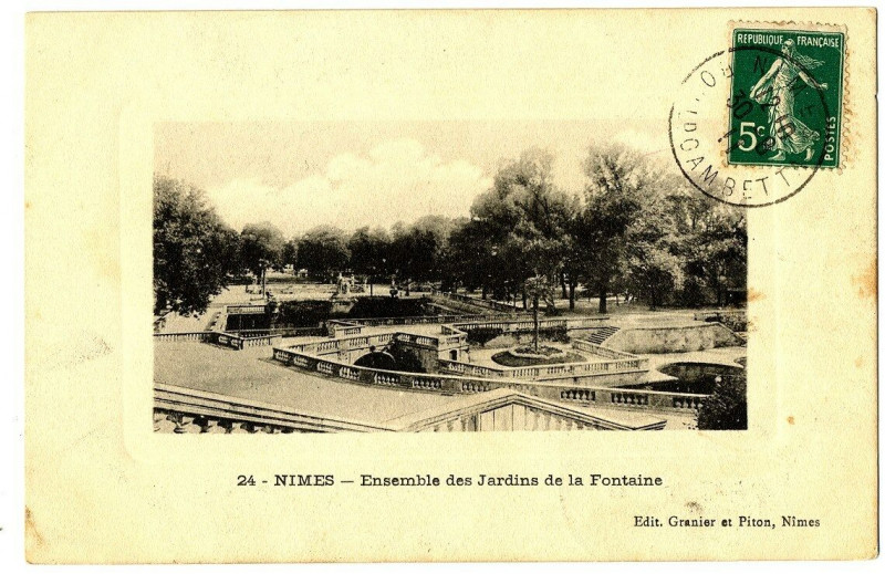 Carte postale ancienne Gard Nîmes Ensemble des Jardin de la Fontaine à Nîmes