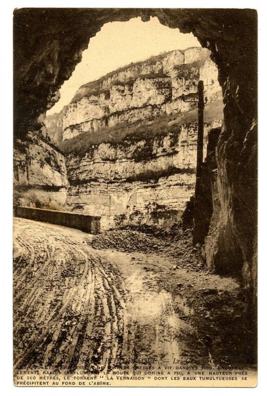 Carte postale ancienne 26 Drôme Les Grands-Goulets Tunnel à Saint-Martin-en-Vercors