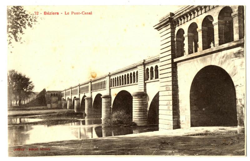 Carte postale ancienne Hérault Béziers Le Pont-Canal à Béziers