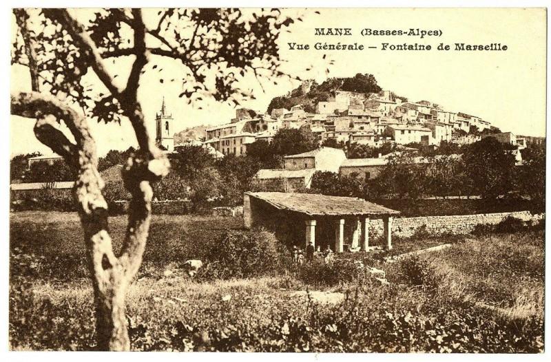 Carte postale ancienne Alpes de Haute-Provence Mane vue générale Fontaine de Marseille à Mane