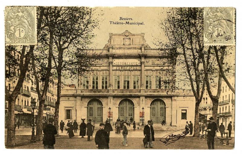 Carte postale ancienne Herault Béziers Théâtre Municipal animé à Béziers