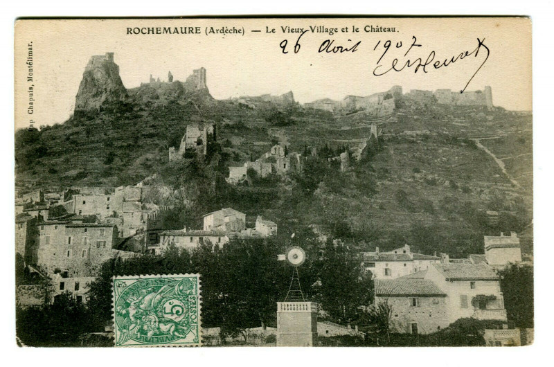 Carte postale ancienne Ardèche Rochemaure Le vieux Village et le Château à Rochemaure