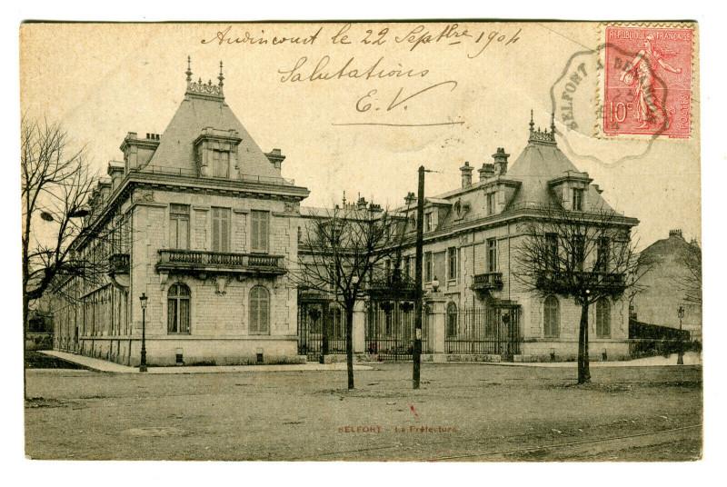 Carte postale ancienne Territoire-de-Belfort Belfort La Préfecture à Belfort