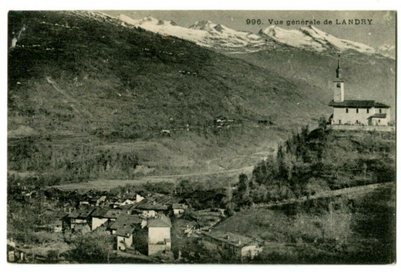 Carte postale ancienne Savoie Landry Vue générale à Landry