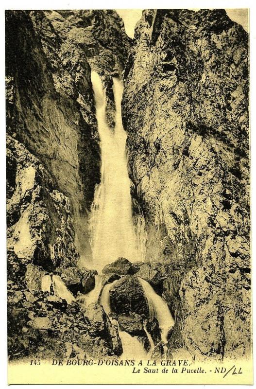 Carte postale ancienne Isère du Bourg d'Oisans à la Grave Le Saut de la Pucelle à