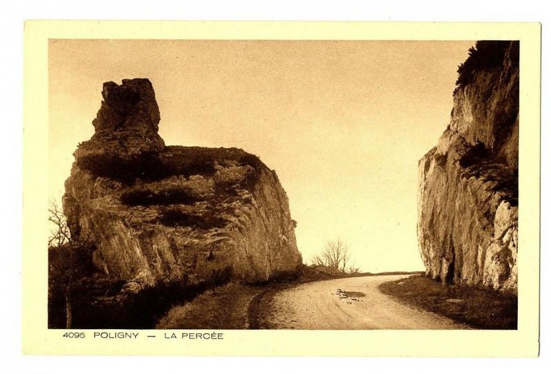 Carte postale ancienne Jura Poligny La Percée à Poligny