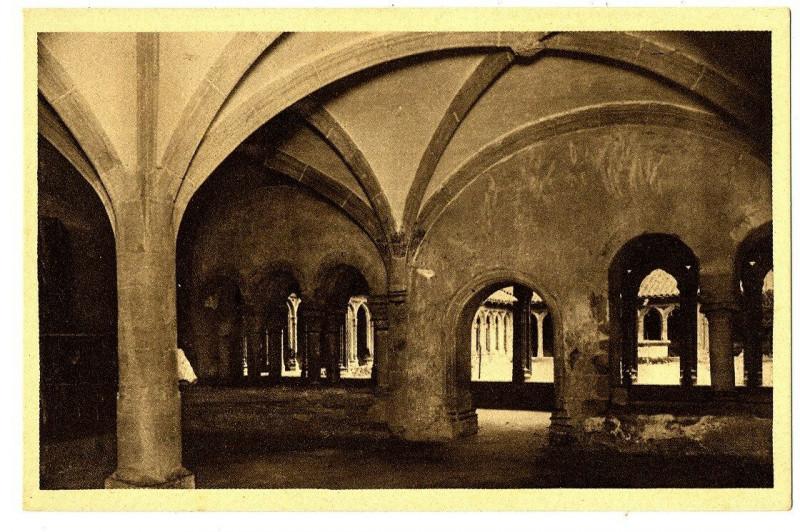 Carte postale ancienne Loire Charlieu Abbaye Bénédictine Salle Capitulaire à Charlieu