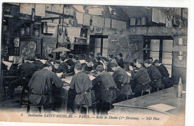 Carte postale ancienne Paris Institution Saint Nicolas Paris Sallee De Dessins (1e DIVISION) (AN à Paris