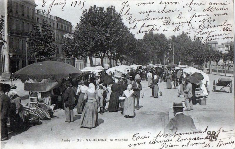 Carte postale ancienne Narbonne Le Marche (dos non divisé) Belle Animation à Narbonne