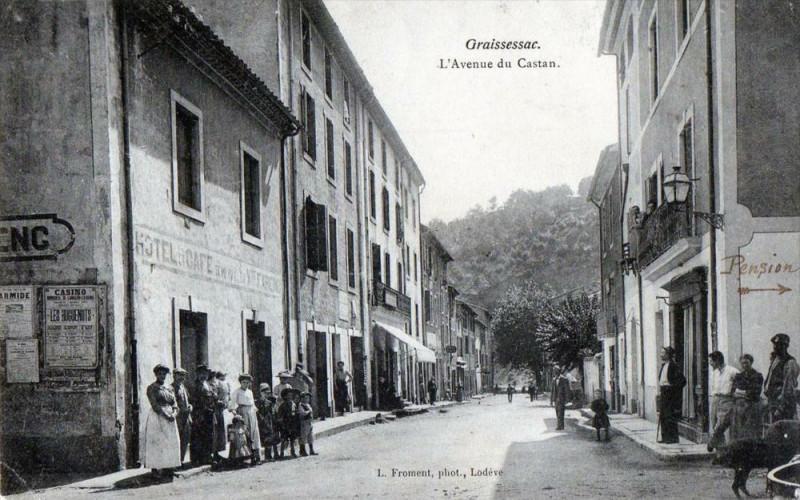 Carte postale ancienne Graissessac L'Avenue Du Castan (ANIMATION à Graissessac