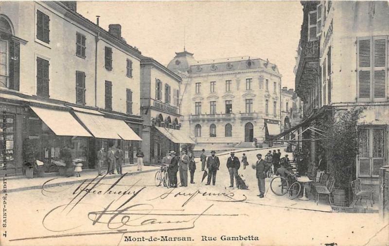 Carte postale ancienne Mont De Marsan Rue Gambetta (dos non divisé) à Mont-de-Marsan