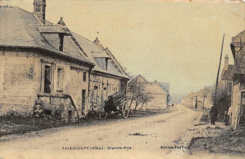 Carte postale ancienne Thiescourt Grand Rue (cpa toilée émaillée cpa pas courante à Thiescourt