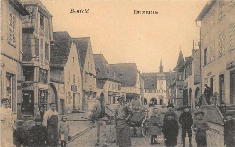 Carte postale ancienne Benfeld Hauptstrasse (Belle Cpa à Benfeld
