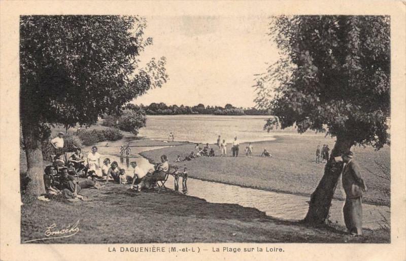 Carte postale ancienne La Dagueniere La Plage Sur La Loire à Loiré