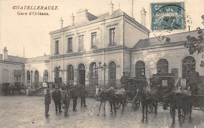 Carte postale ancienne Chatellerault Gare D'Orleans à Châtellerault