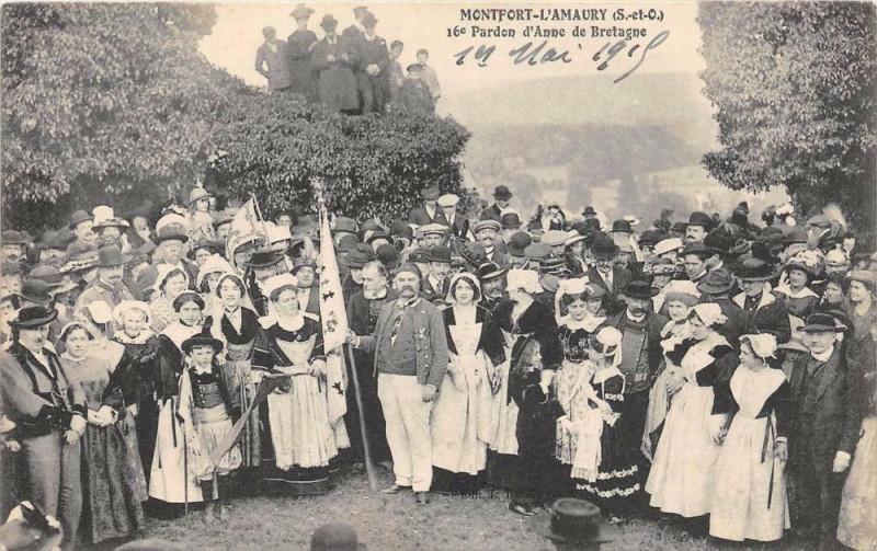 Carte postale ancienne Montfort L'Amaury 16e Pardon D'Anne De Bretagne (cliché pas courant à Montfort-l'Amaury