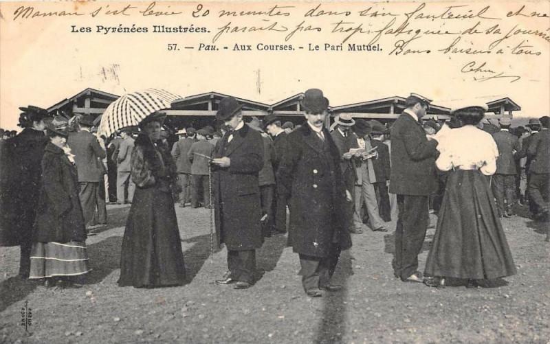Carte postale ancienne Pau Aux Courses Pari Mutuel (dos non divisé) à Pau