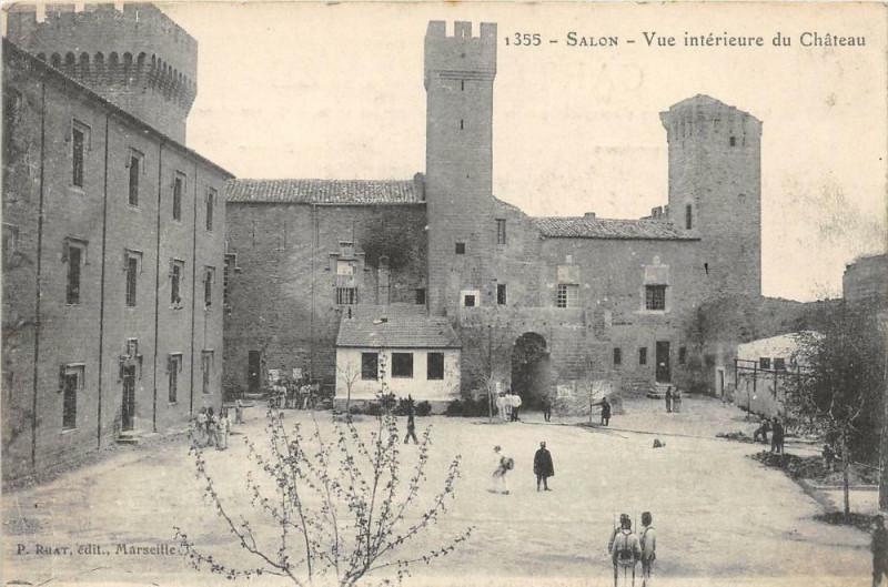 Carte postale ancienne Salon Vue Exterieure Du Chateau à