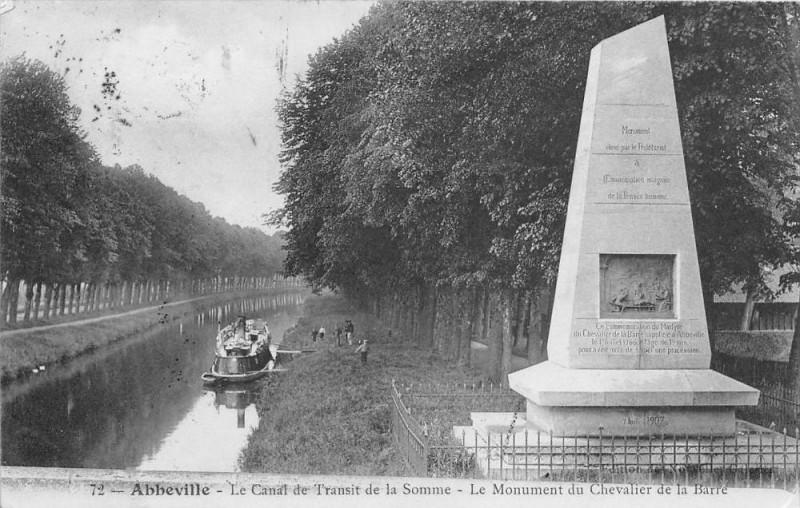 Carte postale ancienne Abbeville Le Canal De Transit De La Somme à Abbeville