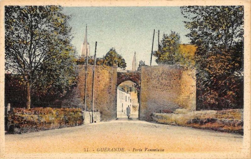 Carte postale ancienne Guerande Porte Vannetaise à Guérande