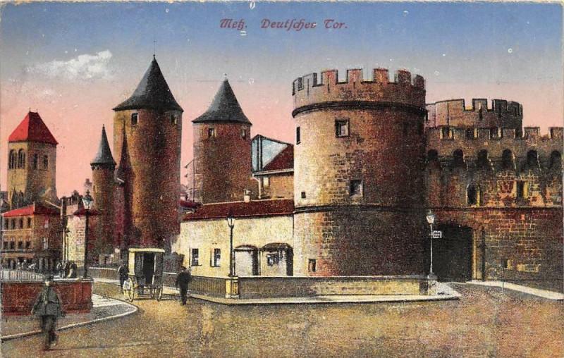 Carte postale ancienne Metz Deutsche Tor à Metz