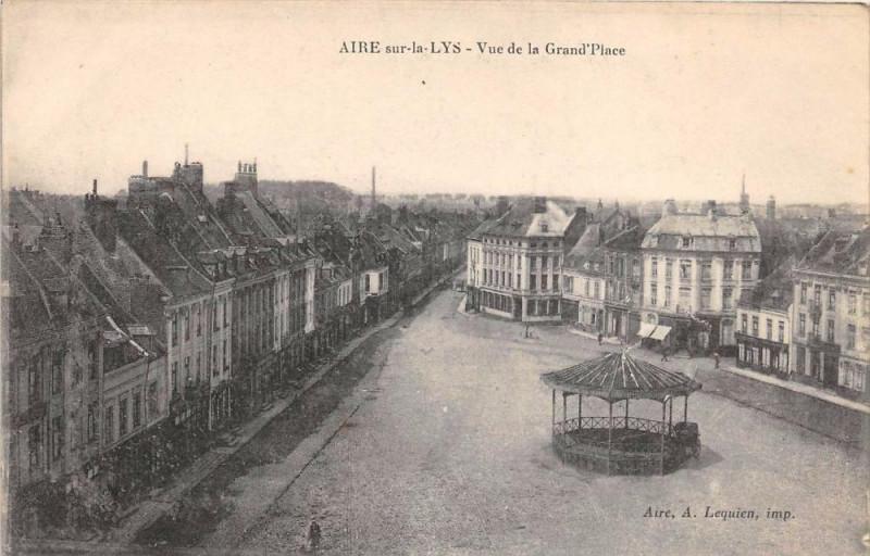 Carte postale ancienne Aire Sur La Lys Vue De La Grand'Place à Aire-sur-la-Lys