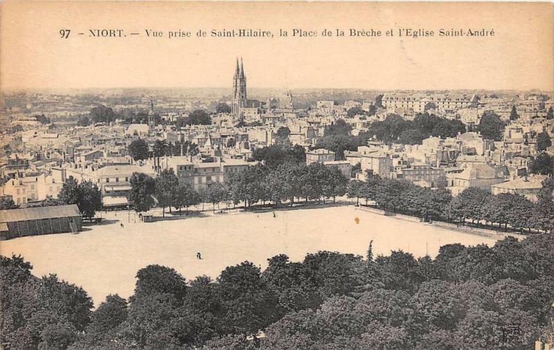 Carte postale ancienne Niort La Place De La Breche à Niort