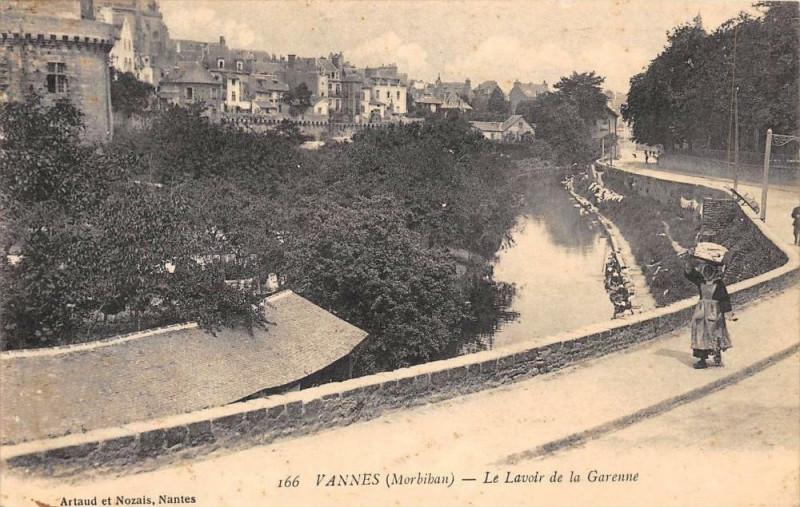 Carte postale ancienne Vannes Le Lavoir De La Garenne à Vannes