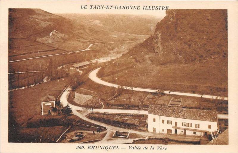 Carte postale ancienne Bruniquel Vallee De La Vere à Bruniquel