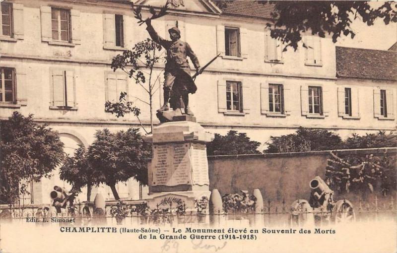 Carte postale ancienne Champlitte Le Monument Eleve En Souvenir Des Morts à Champlitte