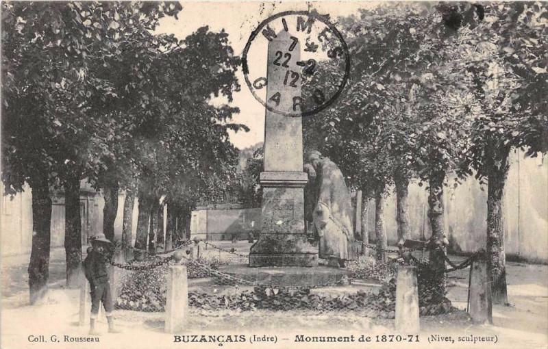Carte postale ancienne Buzancais Monument De 1870 71 à Buzançais