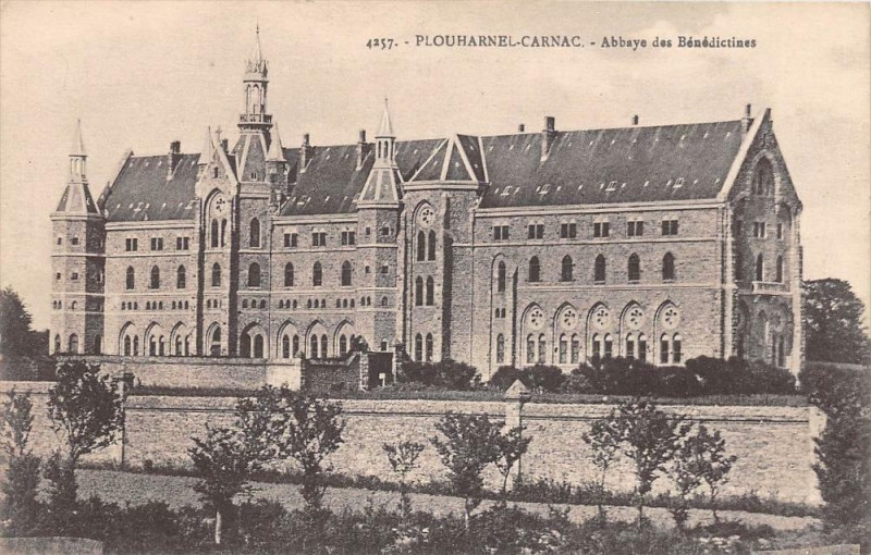 Carte postale ancienne Plouharnel Carnac Abbaye Des Benedictines à Plouharnel