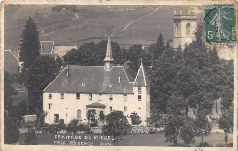 Carte postale ancienne Carte Photo Ermitage De Mieges Pres Nozeroy Jura à Mièges