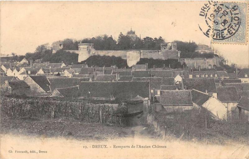 Carte postale ancienne Dreux Remparts De L'Ancien Chateau à Dreux