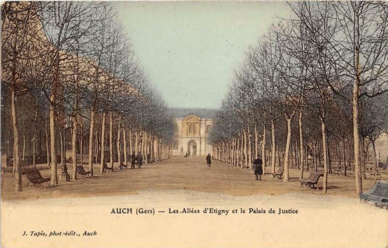Carte postale ancienne Auch Les Allees D'Etigny Et Le Palais De Justice (cpa glacée à Auch