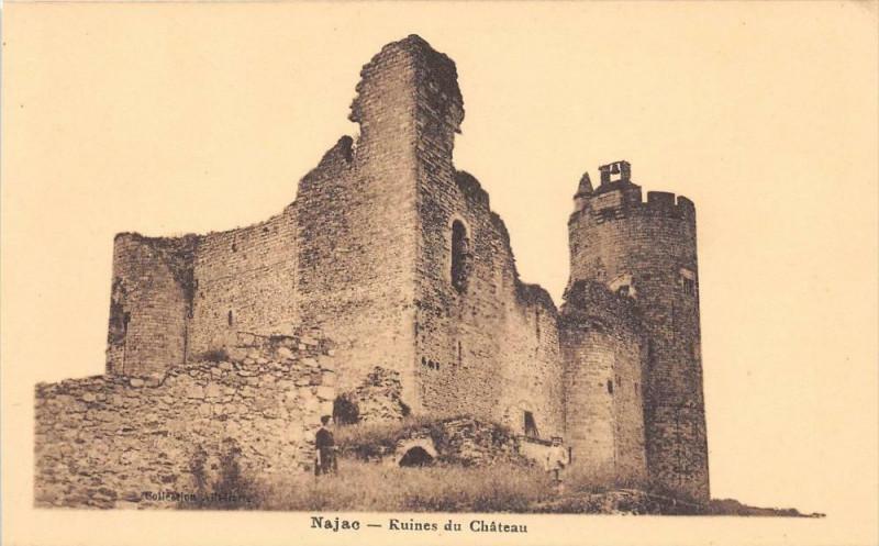 Carte postale ancienne Najac Ruines Du Chateau à Najac