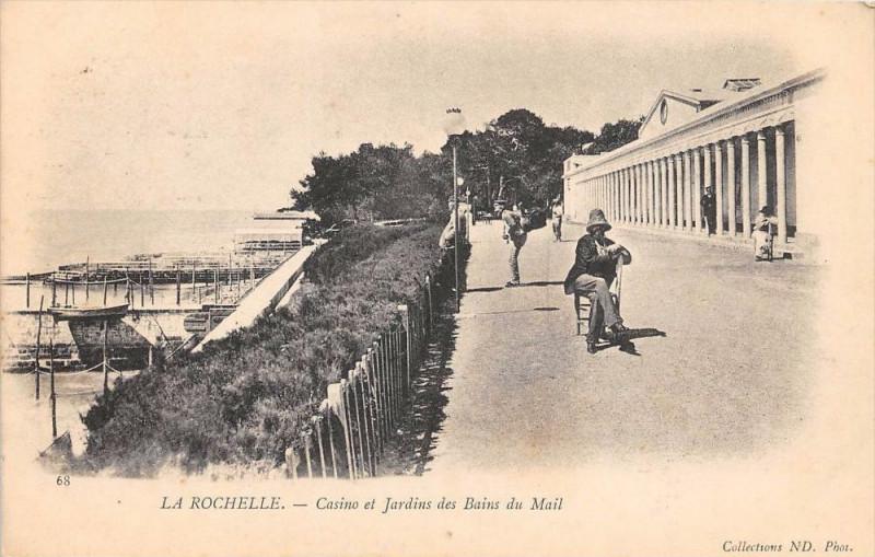 Carte postale ancienne La Rochelle Casino Et Jardin Des Bains Du Mail (dos non divisé) à La Rochelle