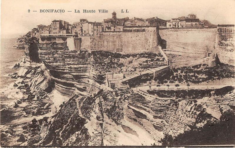 Carte postale ancienne 20 Corse Bonifacio La Haute Ville à Bonifacio