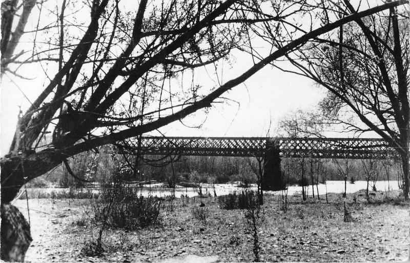 Carte postale ancienne Pont De Mirefleurs à Mirefleurs