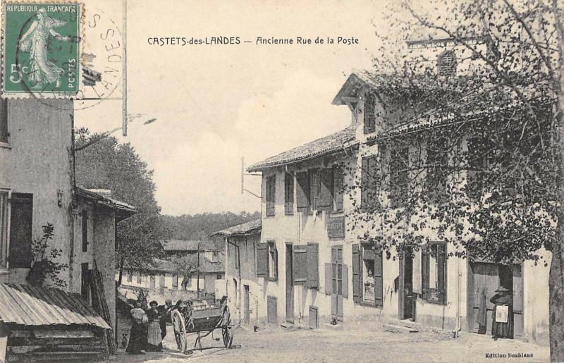Carte postale ancienne Castets Des Landes Ancienne Rue De La Poste à Castets
