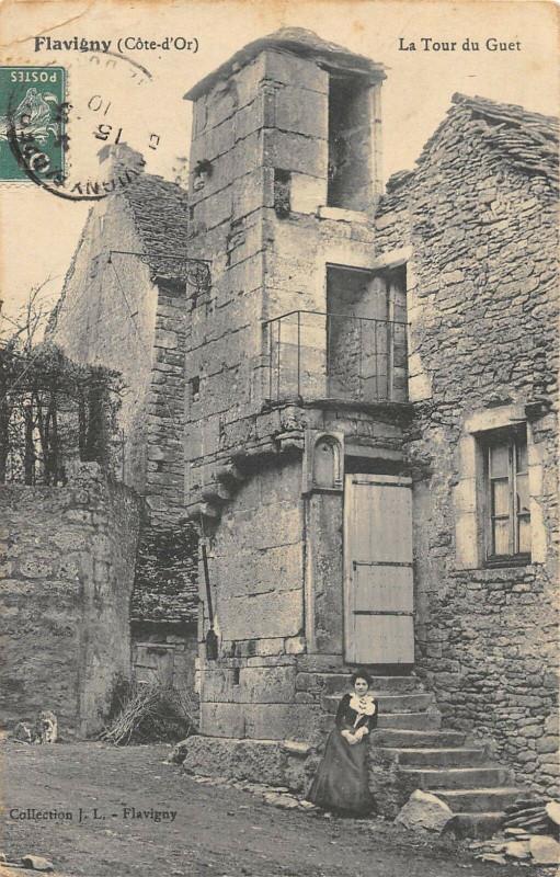 Carte postale ancienne Flavigny La Tour Du Guet
