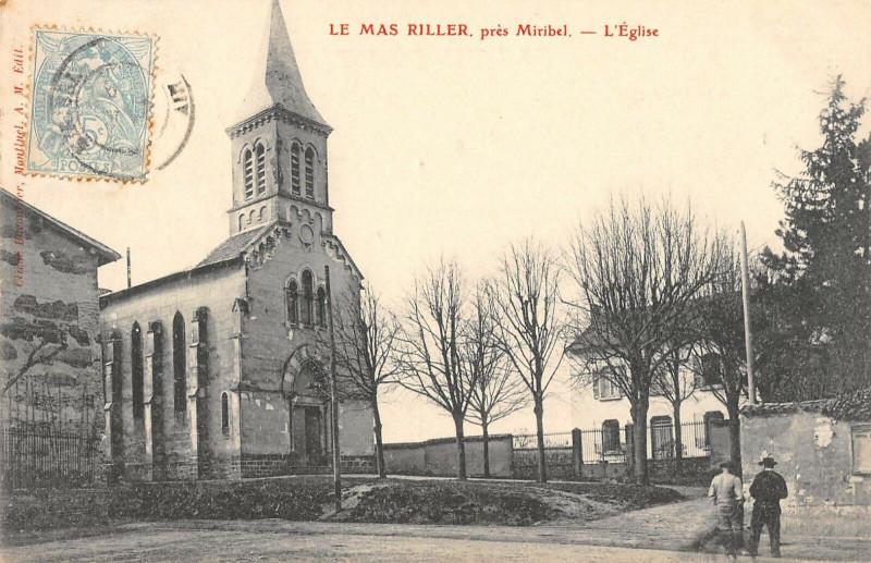 Carte postale ancienne Le Mas Riller Pres Miribel Eglise à Miribel